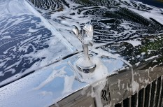 Rolls Royc Car Wash detailing polished